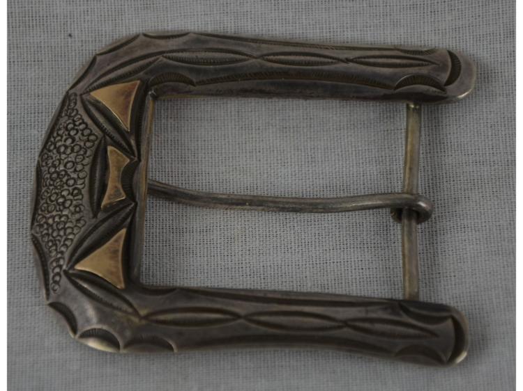 NAVAJO OR HOPI SILVER & GOLD BELT BUCKLE.