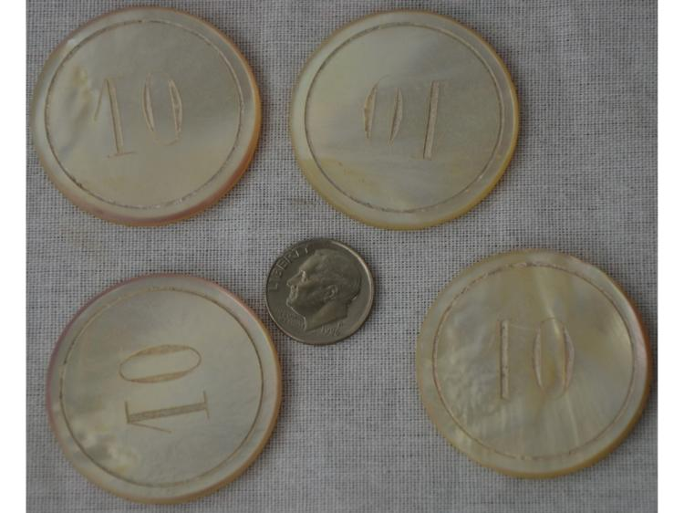 4 PEARL POKER GAMING GAME CHIPS