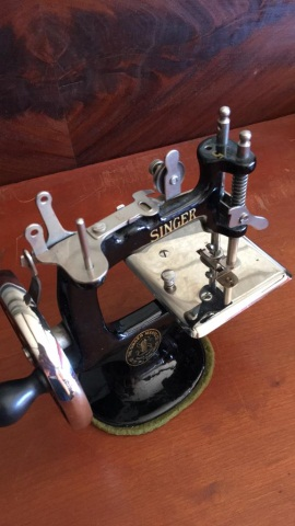 Antique Singer Toy Sewing Machine Marked