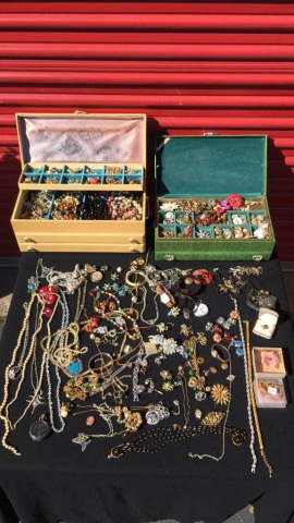 Large Quantity Antique/Vintage Costume Jewelry