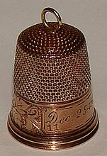 10K Yellow Gold Thimble Dec. 25 , 1912