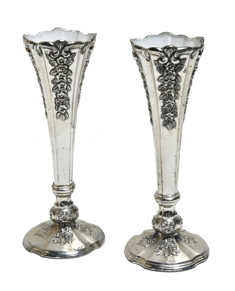 1977 Small Silver-Plated Vases from Elvis Presley's Graceland Dining Room