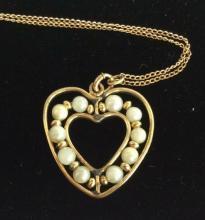 12 K Gold Filled Metal W Pearls Heart Pendant