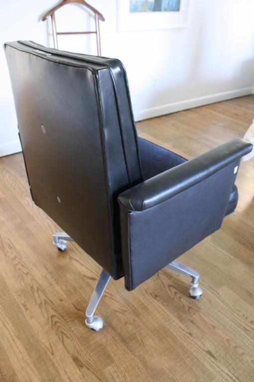 Astounding Leather Swivel Tufted Mens Desk Chair Ibusinesslaw Wood Chair Design Ideas Ibusinesslaworg