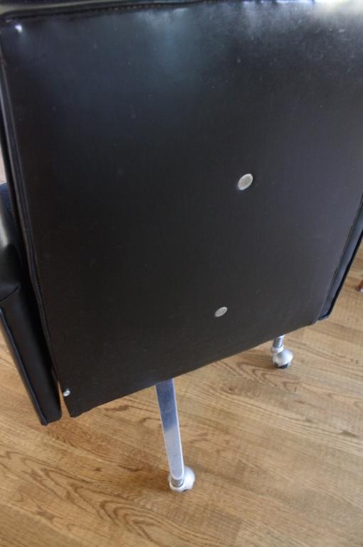 Surprising Leather Swivel Tufted Mens Desk Chair Ibusinesslaw Wood Chair Design Ideas Ibusinesslaworg