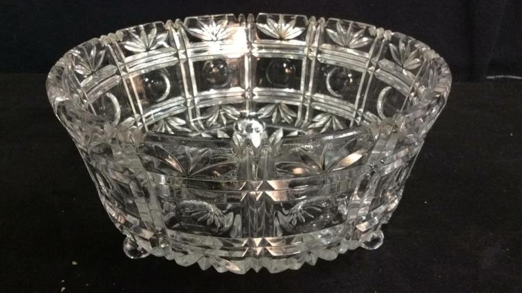 Footed ornately cut crystal centerpiece bowl - Footed bowl centerpiece ...