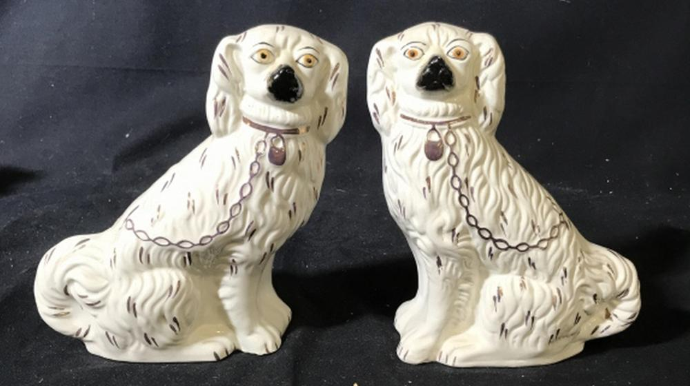 Pair Staffordshire English Porcelain Spaniels