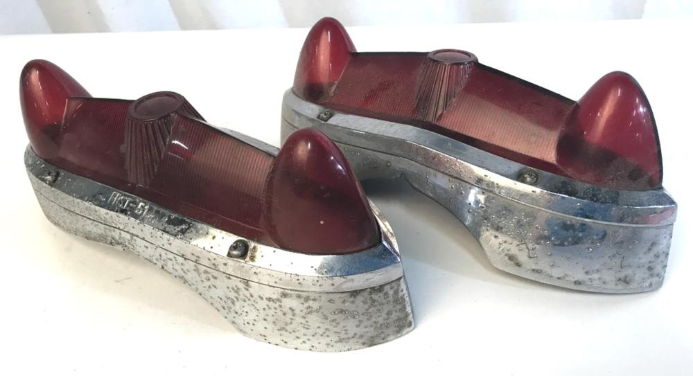 Pair Collectible 1951 FORD Automobile Taillights