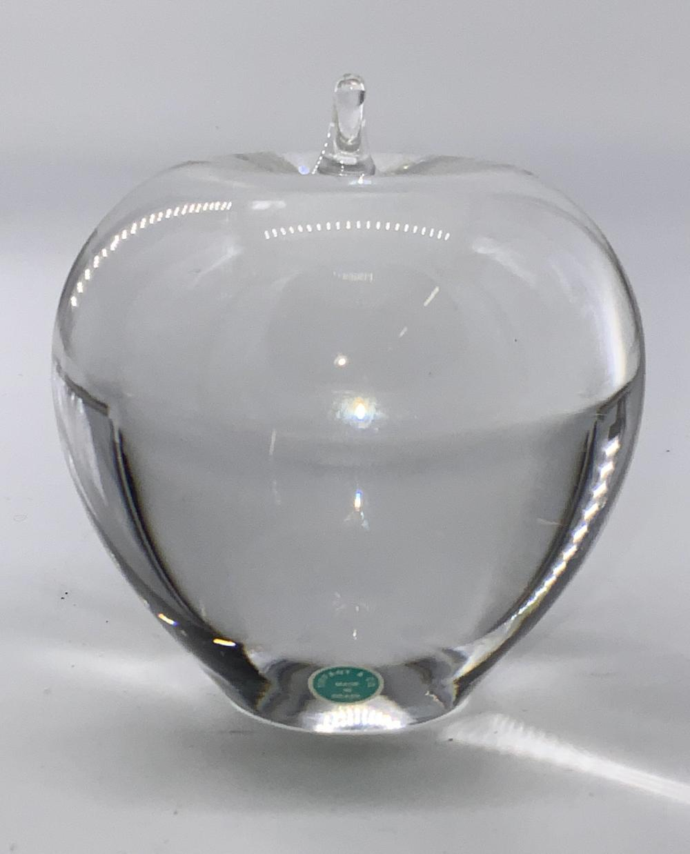 TIFFANY & CO Crystal Apple Paperweight