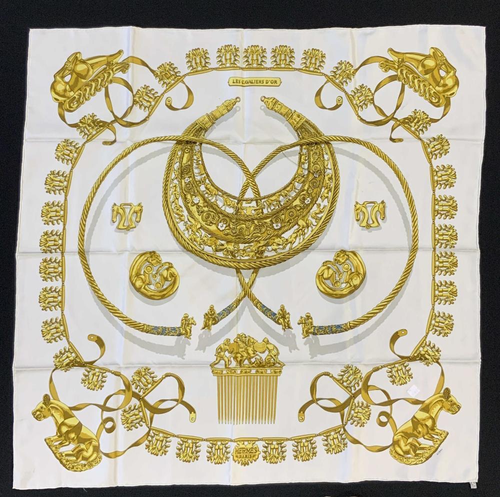 HERMÈS LES CAVALIERS D' OR Vintage Silk Scarf