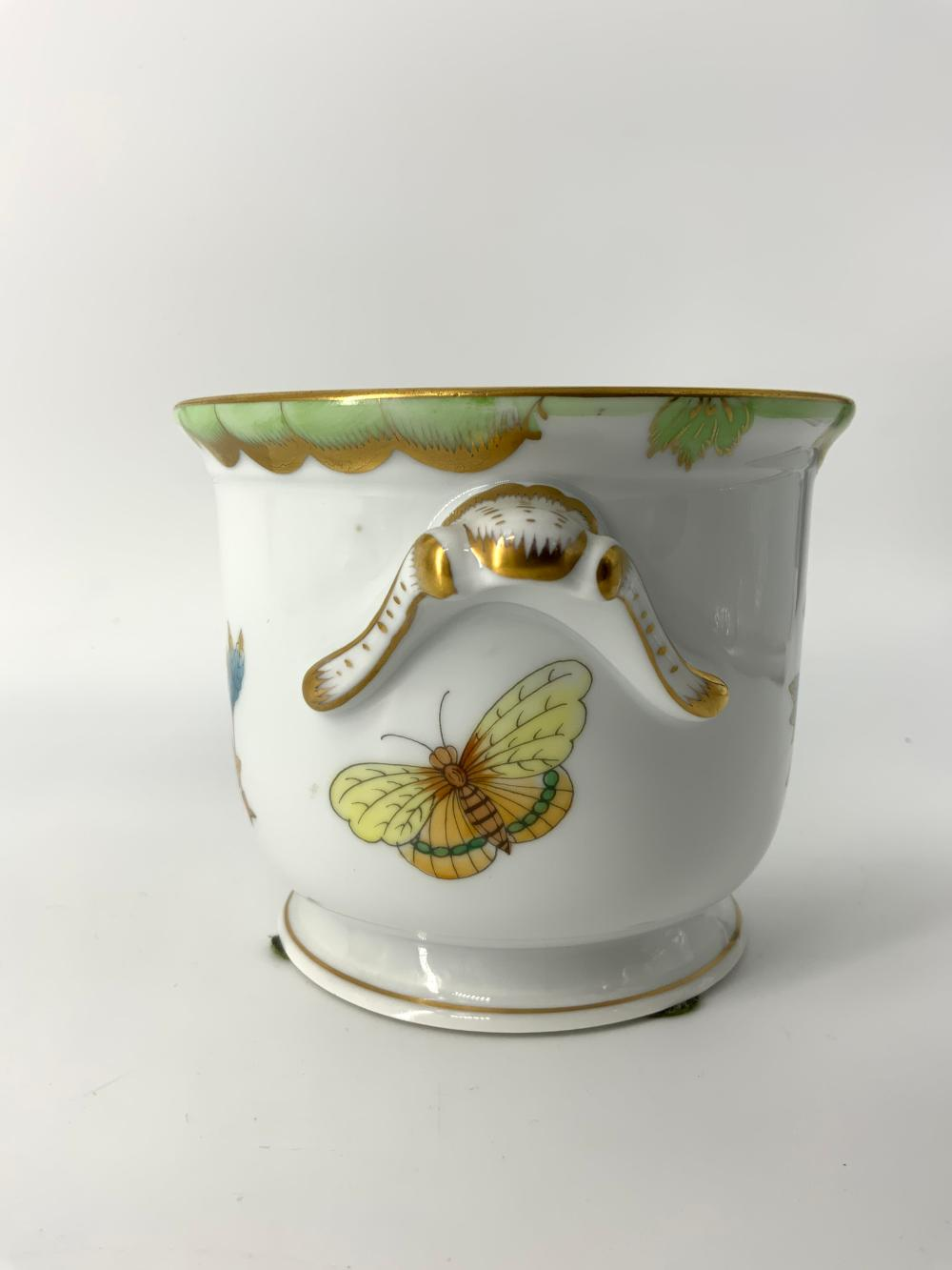 HEREND HUNGARY Hand Painted Ceramic Vessel