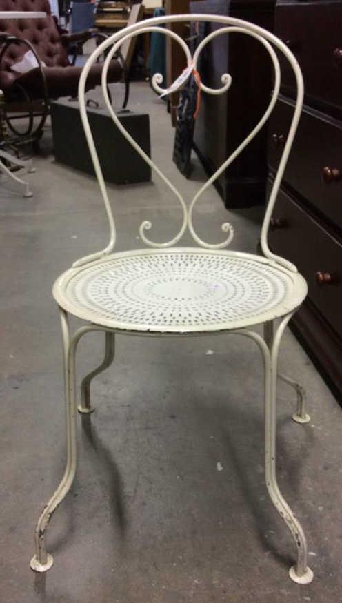 Vintage White Iron Ice Cream Parlor Chair