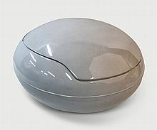 Peter Ghyczy Egg chair