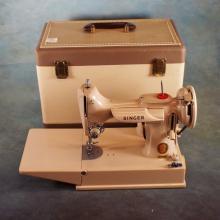 Pink Singer Featherweight Sewing Machine in Case