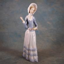 Lladro Figure - Woman Wearing Flower Bonnet (Missing Parasol)