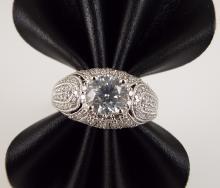 Platinum Ladies' Unity Ring w/0.96ct Round Brilliant Cut Center Diamond & 0.60ctw Round Brilliant Cut Side Diamonds - AIG Appr $19,985.00