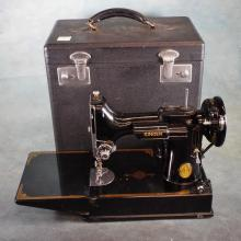 Black Featherweight Singer Sewing Machine in Case