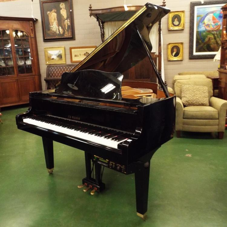 Black lacquer yamaha baby grand player piano w stool music for Yamaha black baby grand piano