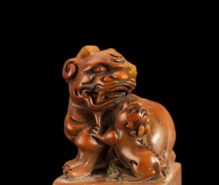 Shoushan stone carving lion seal