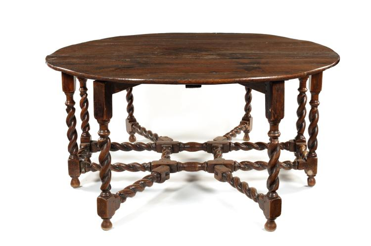 A large 17th century style oak double gate leg dining table : H20267 L129703096 from www.invaluable.co.uk size 750 x 499 jpeg 38kB