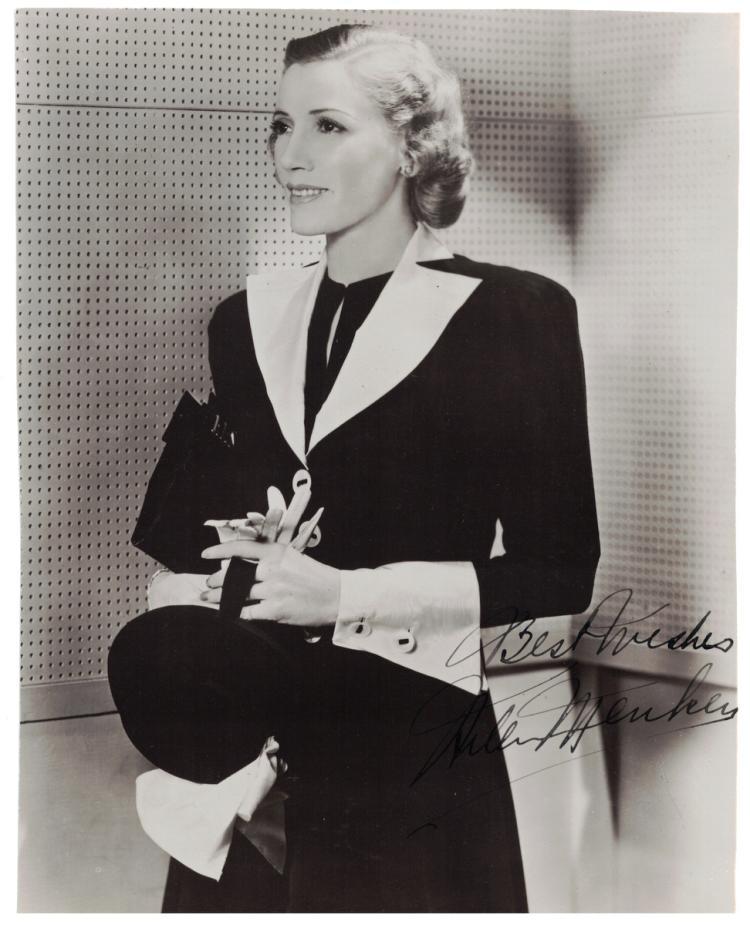 Actress HELEN MENKEN - Photo Signed