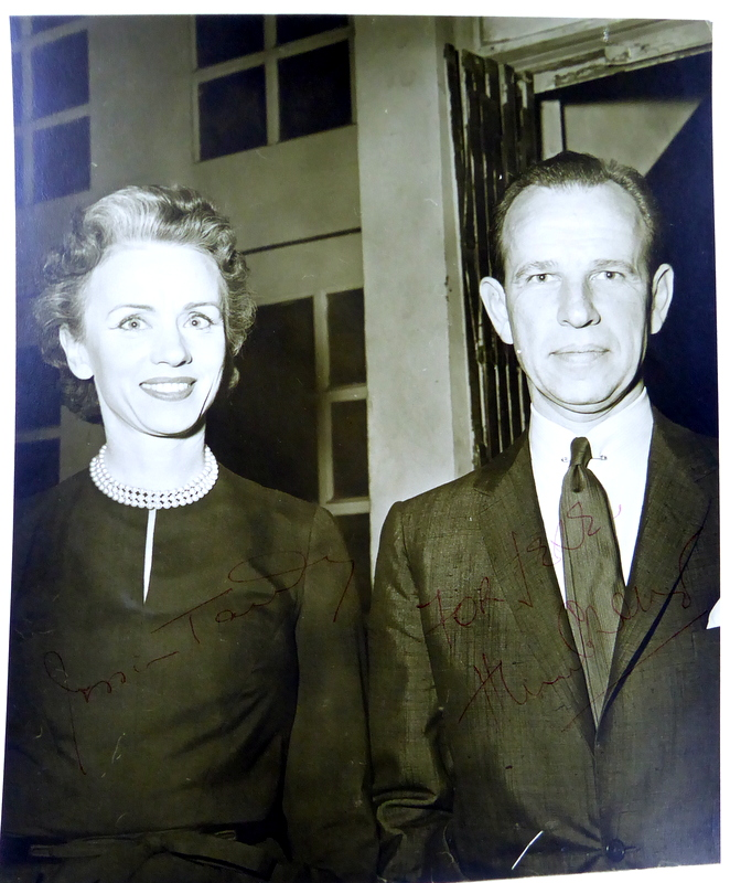 Actors HUME CRONYN & JESSICA TANDY - Photo Signed
