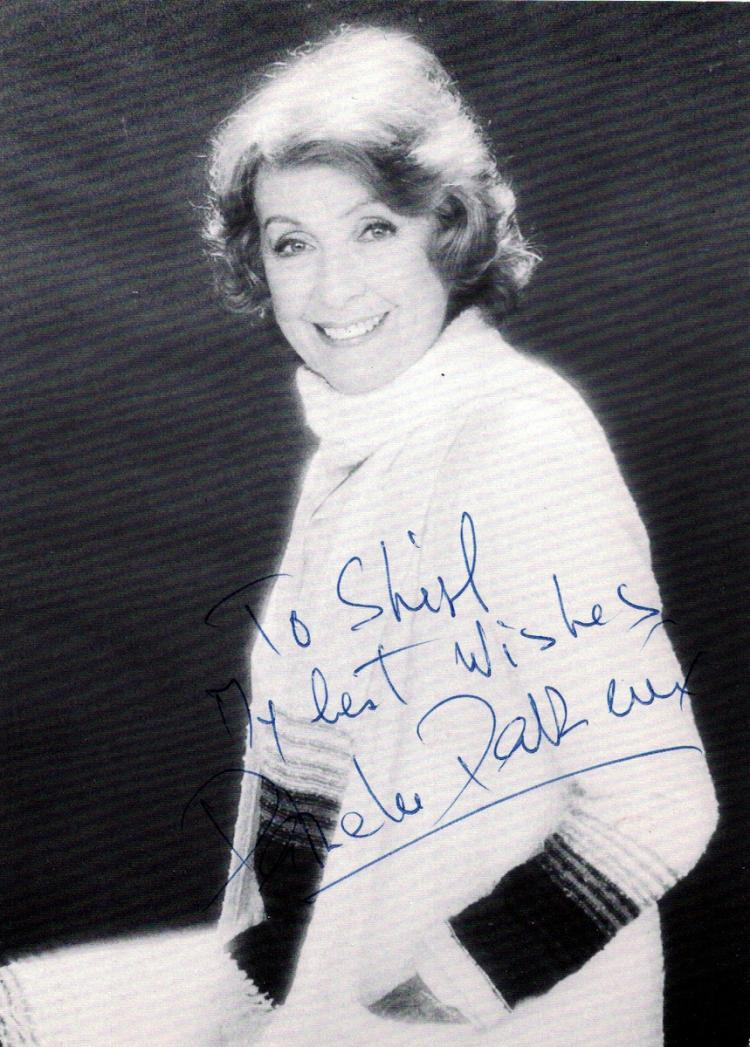 French Actress DANIELLE DARRIEUX - Photo Signed