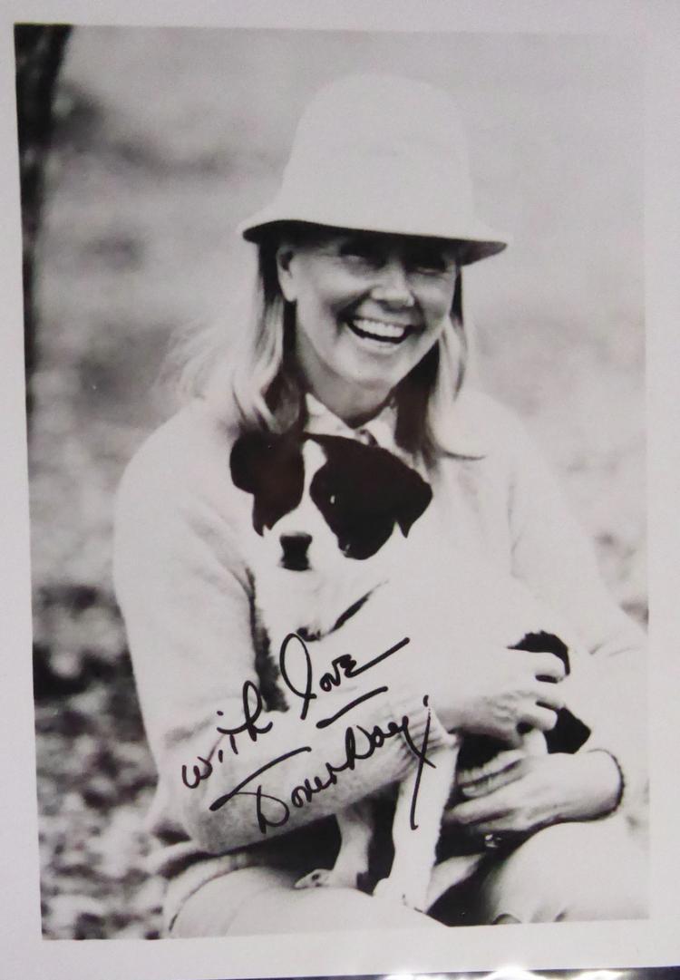 Actress DORIS DAY - Photo Signed