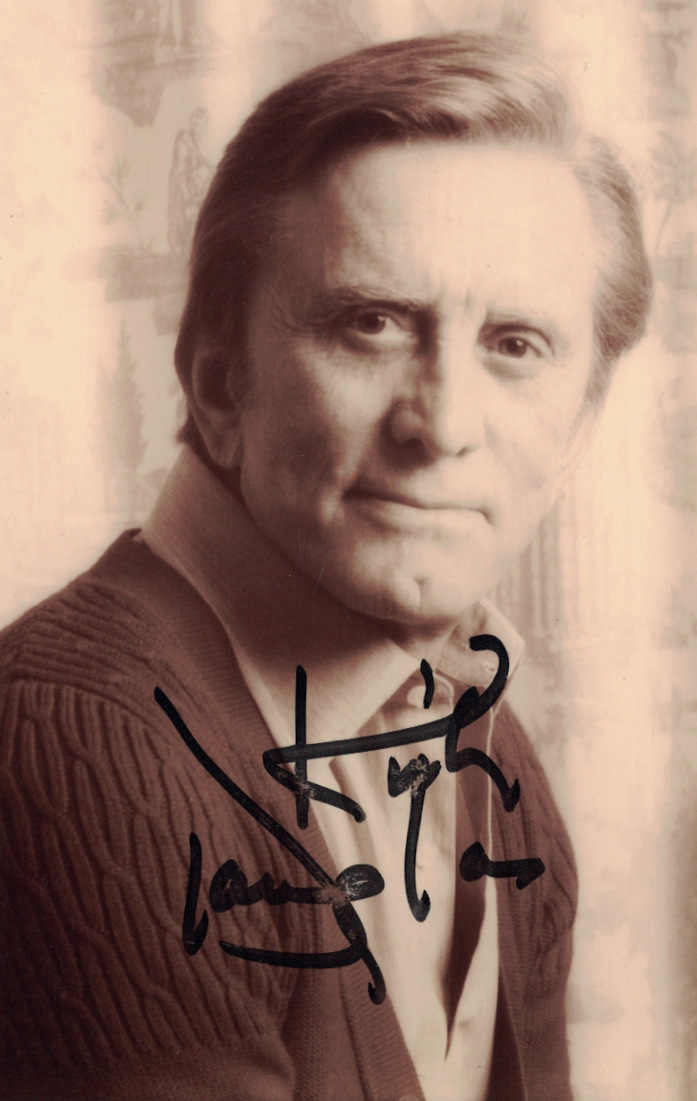Actor KIRK DOUGLAS - Photo Signed