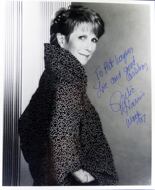 Actress JULIE HARRIS - Photo Signed