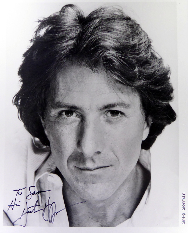 Actor DUSTIN HOFFMAN - Photo Signed