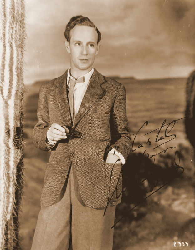 GWTW Actor LESLIE HOWARD - Photo Signed