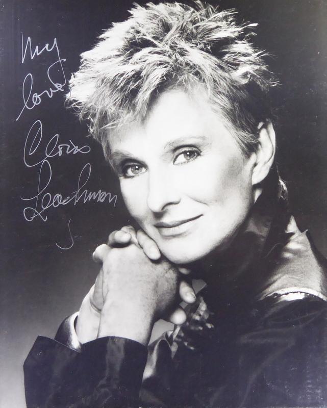 Actress CLORIS LEACHMAN - Photo Signed