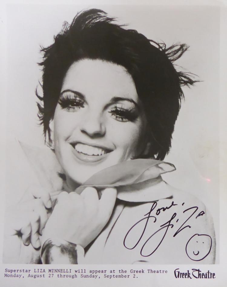 Actress, Singer LIZA MINNELLI - Photo Signed