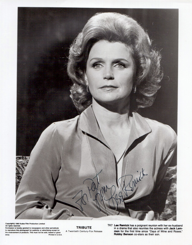 Actress LEE REMICK - Photo Signed