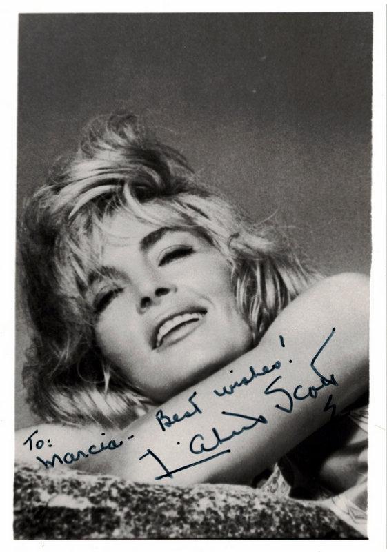 Actress LIZBETH SCOTT - Photo Signed