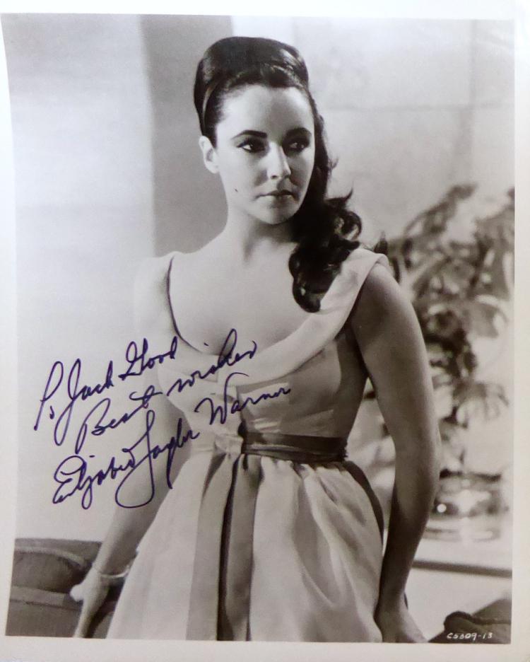 ELIZABETH TAYLOR - Photo Signed
