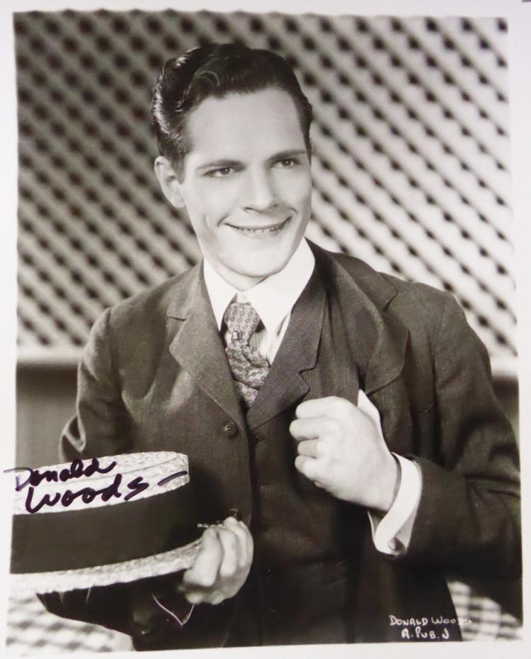 Actor DONALD WOODS - Photo Signed