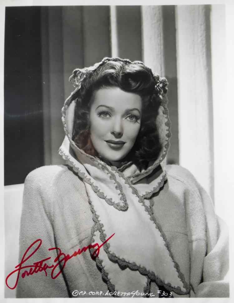 Actress LORETTA YOUNG - Photo Signed