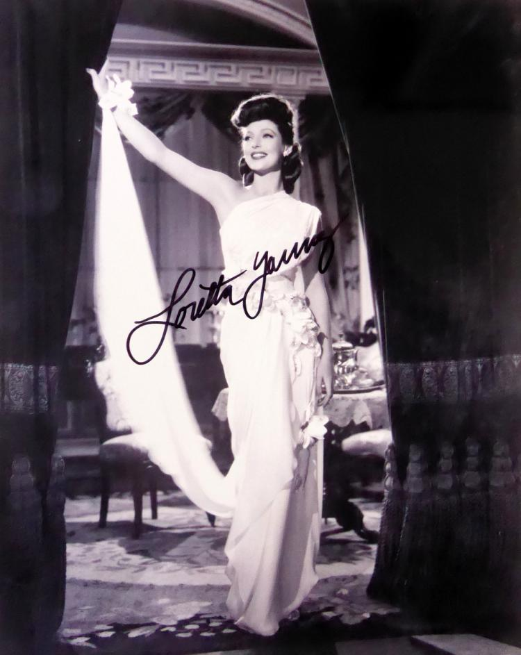 LORETTA YOUNG - Photo Signed