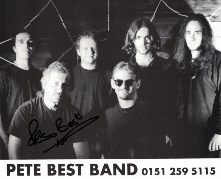 Beatles Drummer PETE BEST - Photo Signed