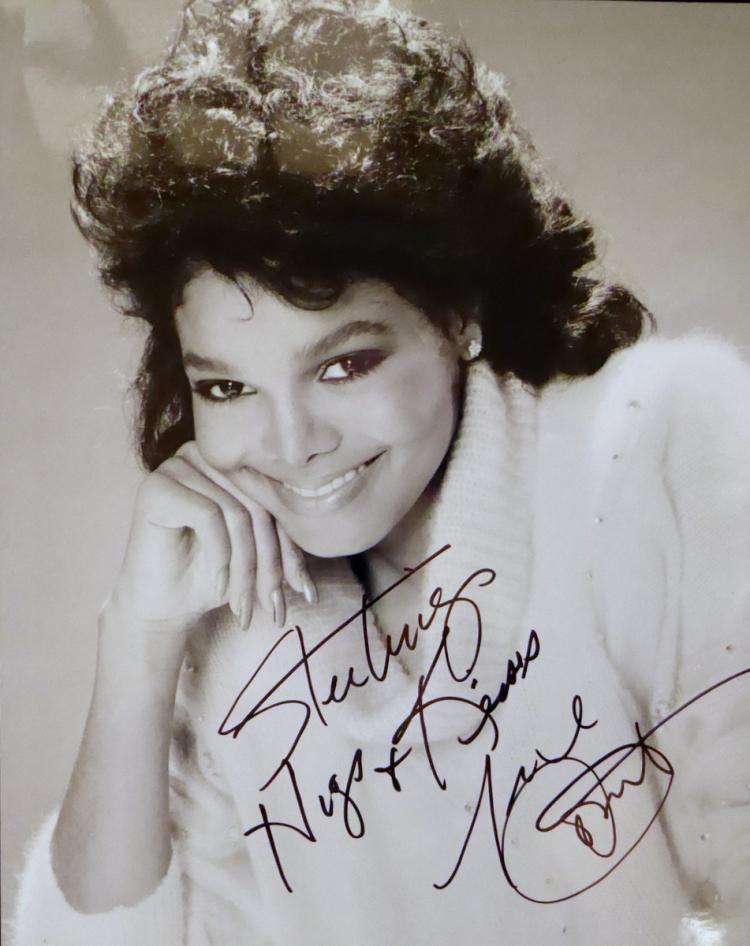 Singer, Actress JANET JACKSON - Photo Signed
