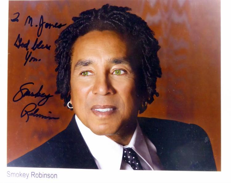 Singer SMOKEY ROBINSON - Photo Signed