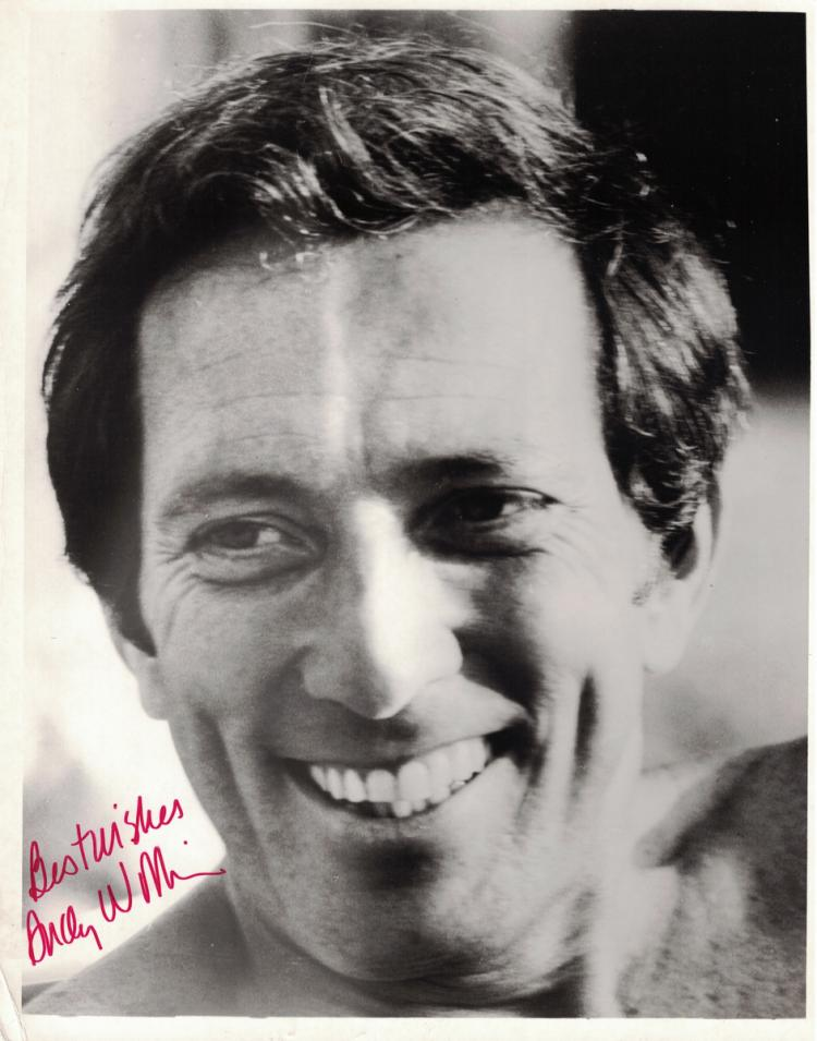 Singer ANDY WILLIAMS - Photo Signed