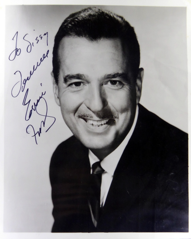 Singer TENNESSEE ERNIE FORD - Photo Signed