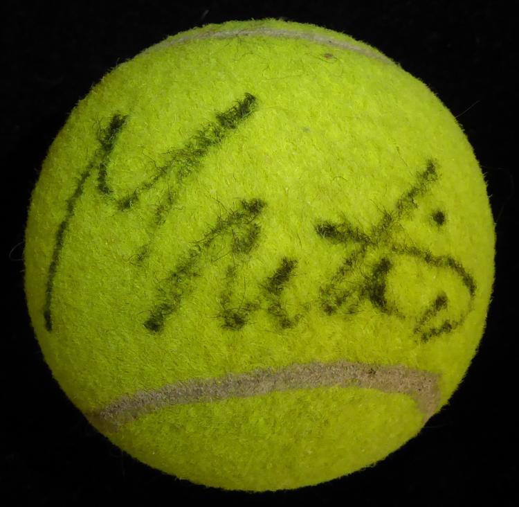Tennis Star MARTINA NAVRATILOVA - Tennis Ball Signed