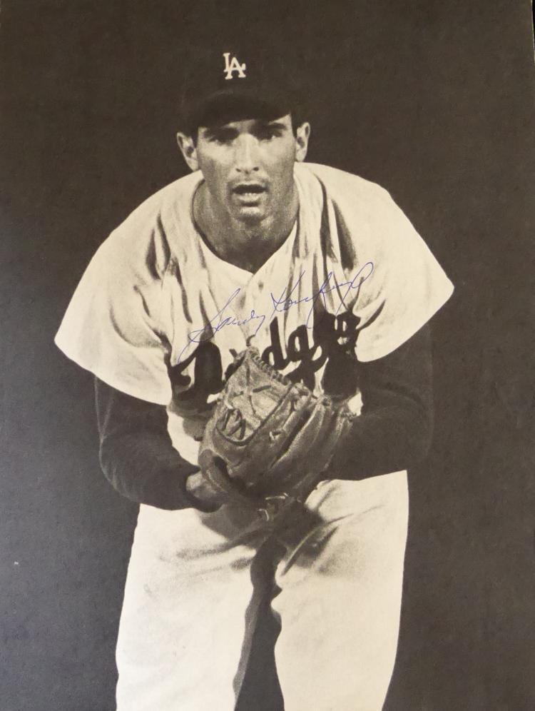 Dodger SANDY KOUFAX - Photo Signed
