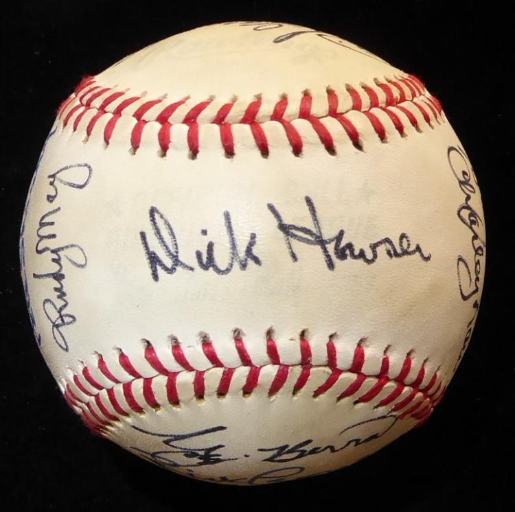 1980 New York YANKEES - Team Signed Baseball