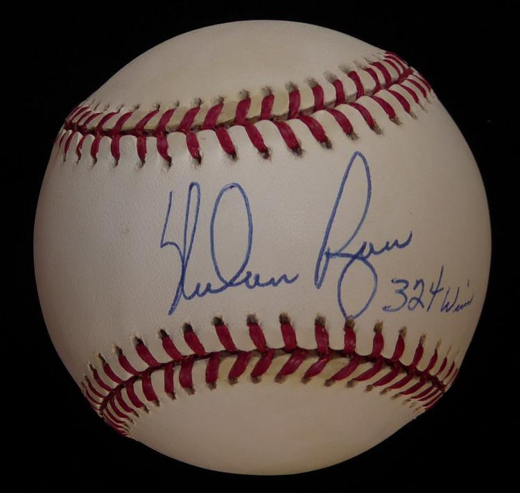 HOF Pitcher NOLAB RYAN - Baseball Signed
