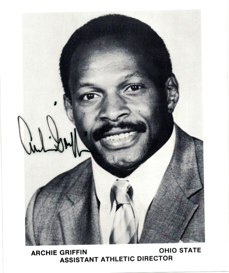 2-Time Heisman Winner ARCHIE GRIFFIN - Photo Signed